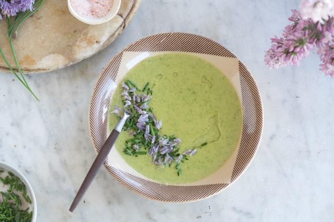 A Simple Asparagus Soup