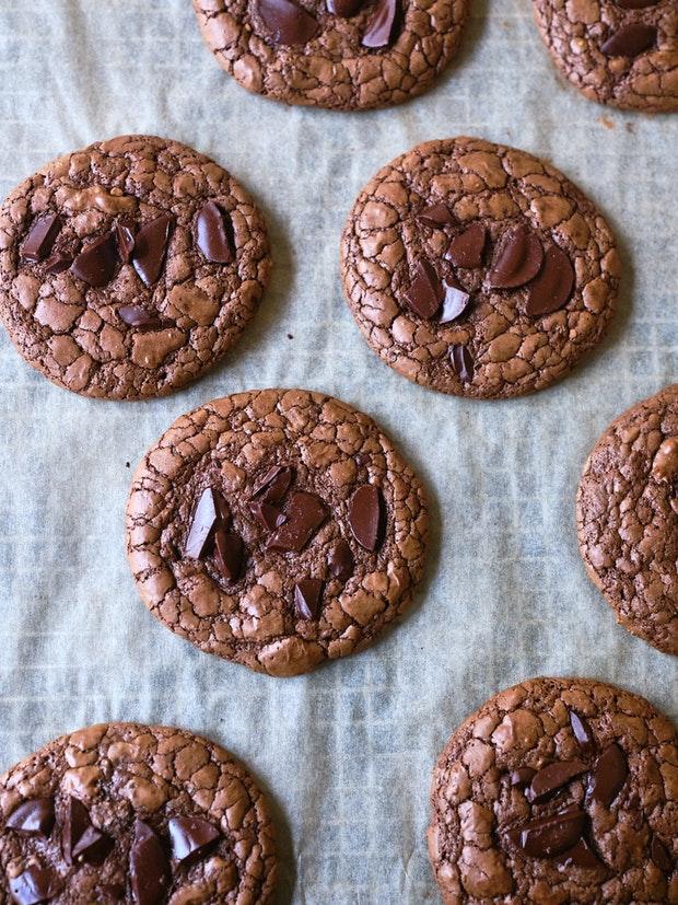 Aran Goyoaga's Chocolate Rye Crinkle Cookies