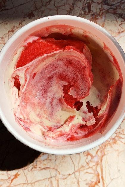 Classic Berry Swirl Ice Cream