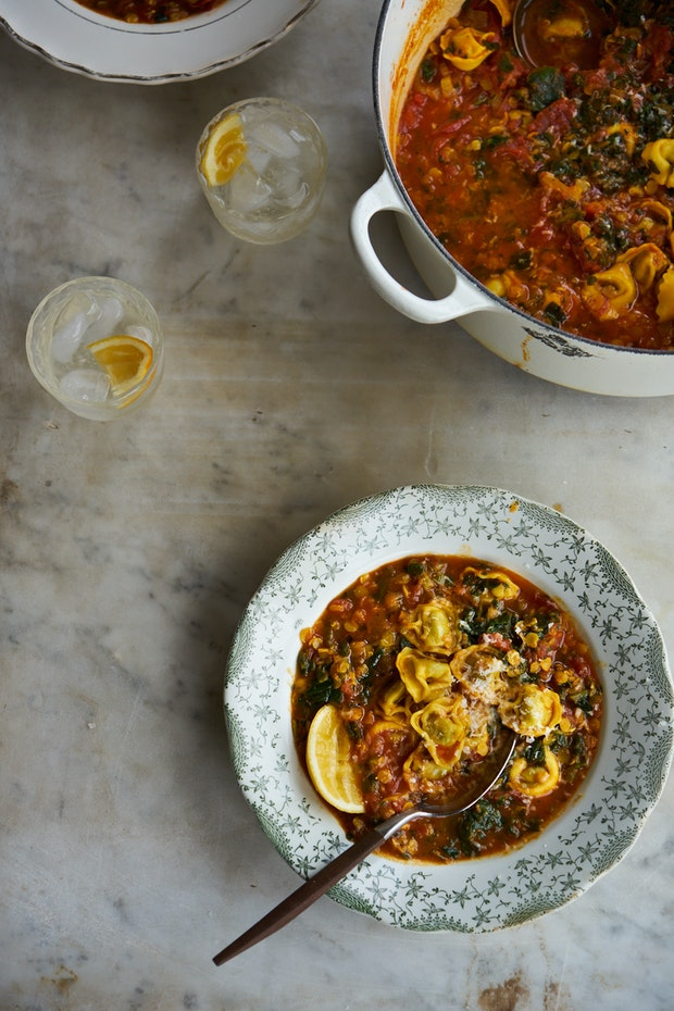 Curried Tomato Tortellini Soup
