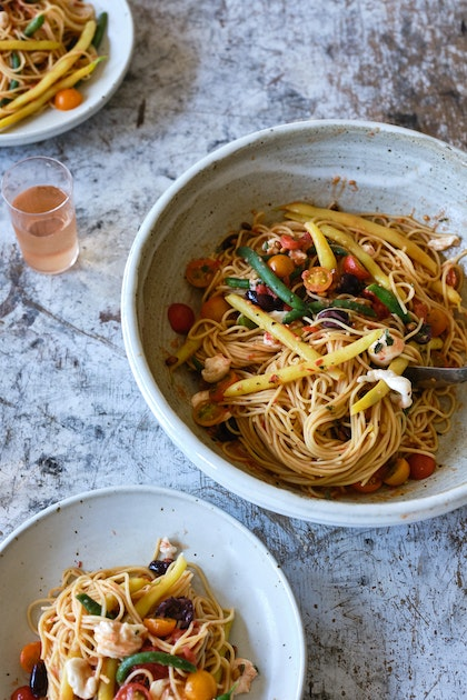 Spaghetti with No-Cook Sauce