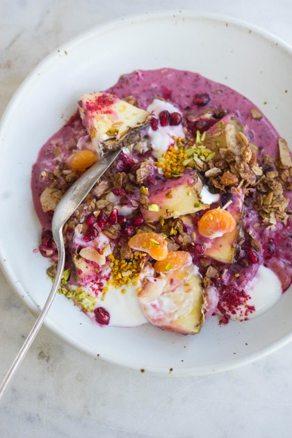 A Glow-promoting, Luminizing Breakfast Beauty Bowl