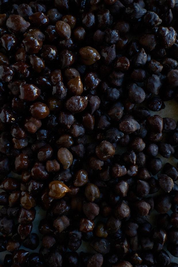 Goth Hummus / Black Tahini Hummus Recipe