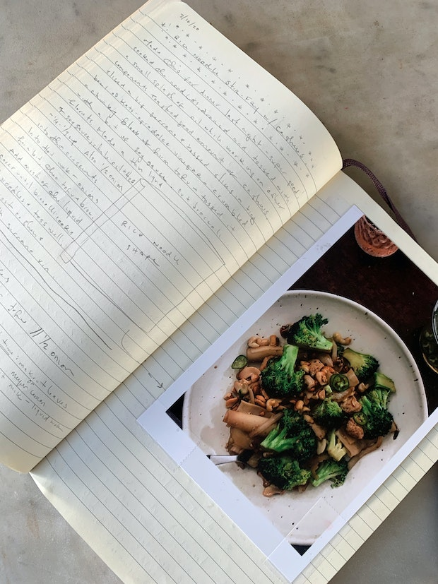 Recipe Journal Entry of a Stir Fry with Handwriting and Photo