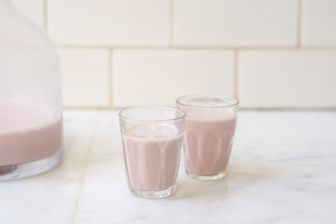 Homemade Strawberry Almond Milk