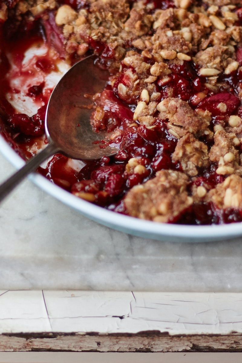 Strawberry Rhubarb Crumble Recipe