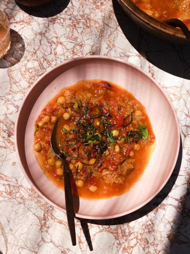 Receta de sopa de tomate asado y masa madre