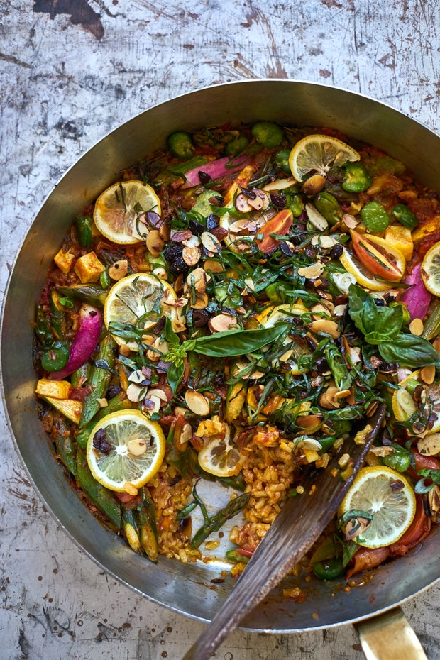 An Amazing Vegetarian Paella Recipe