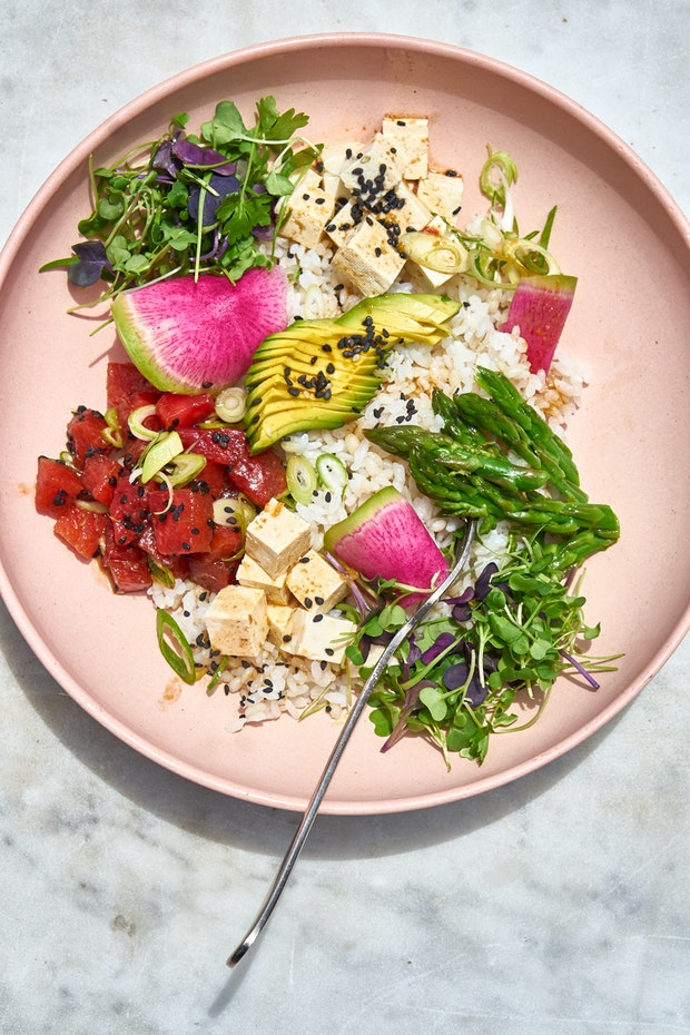 How to Make a Great Vegetarian Poke Bowl