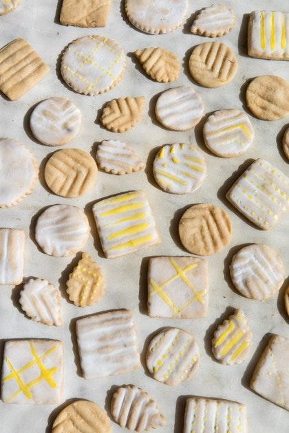 Inspiring Hand-painted Cookies